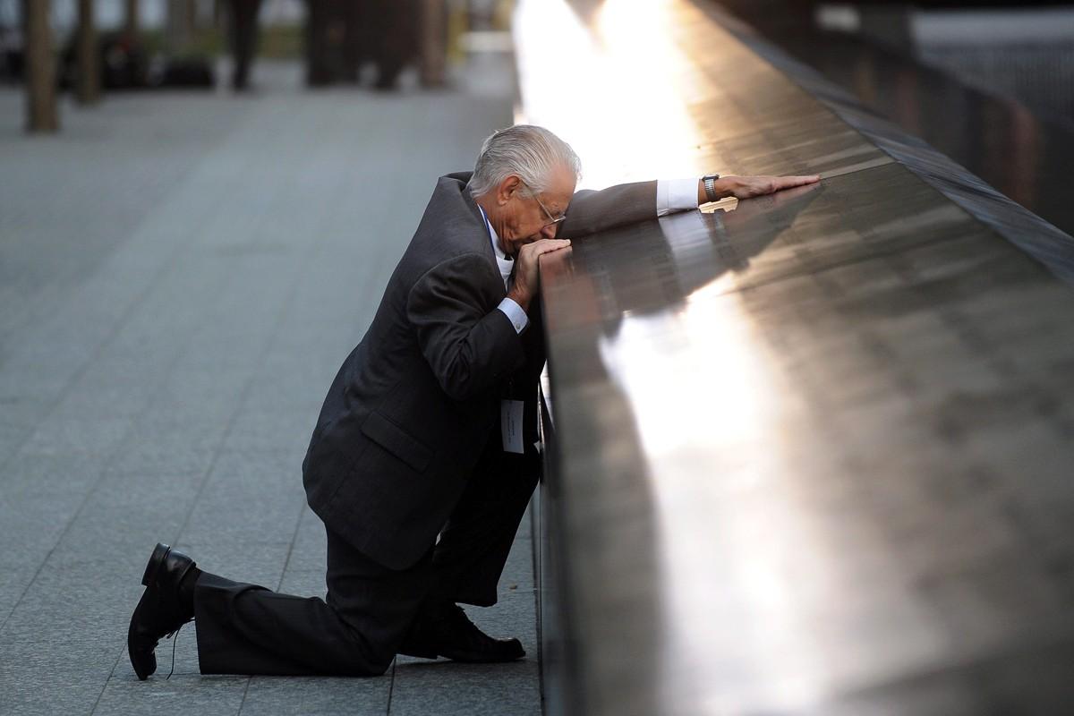 9-11-anniversary-memorial-news-photos-video-img_